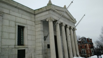Bunker Hill Building
