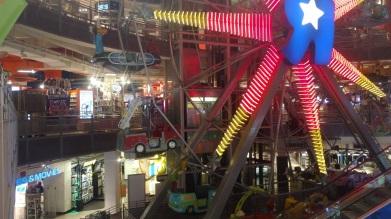 Toys R Us Ferris Wheel