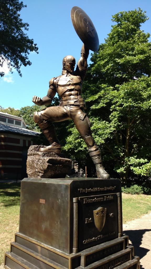 Captain America Statue (2)