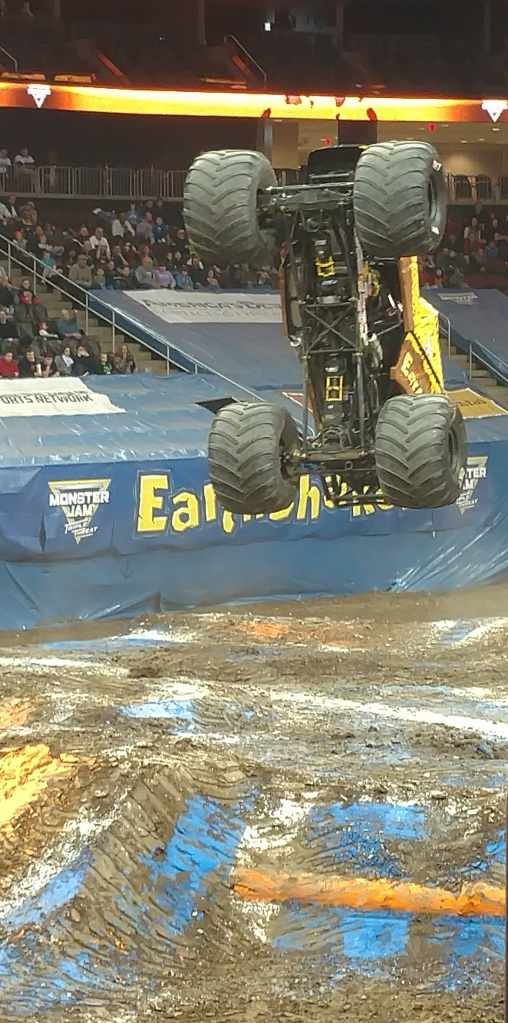 Monster Jam 2017 EarthShaker